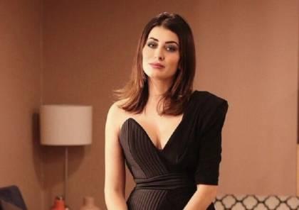"""ملكة جمال العراق تدافع عن إسرائيل وتصف حماس بـ""""الإرهابية"""""""