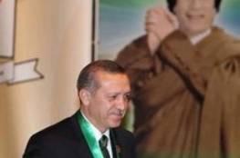 قذاف الدم: القذافي منح أردوغان وحزبه 30 مليار دولار