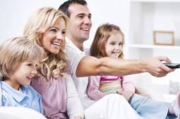 تعرفي علي فوائد مشاهدة التلفاز مع العائلة