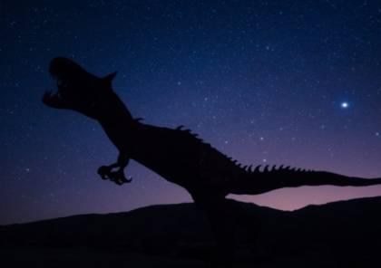 """العلماء يكتشفون """"ديناصورا جديدا"""" مثيرا للجدل!"""