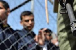 """إدارة سجن """"عوفر"""" تنقل أسرى تم حجرهم إلى سجن """"سهرونيم"""" وتحجر أسيرين من الأشبال"""
