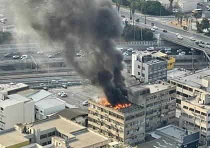 اندلاع حريق كبير في أحد المباني جنوب تل أبيب