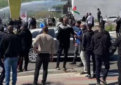 صدامات عنيفة خلال مظاهرة ضد العنف والجريمة بالمجتمع العربي في أم الفحم