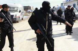 الشرطة الجزائرية تحجر على عروسين قبيل تبادلهما المحابس