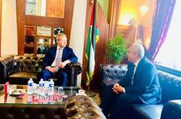 السفير الفرا يطلع المبعوث الأوروبي لعملية السلام على آخر التطورات
