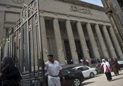 """النائب العام بمصر يحظر النشر في قضية """"المقاطع الإباحية"""" لفنانين ومشاهير"""