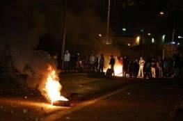 نابلس : مستوطنون يقتحمون قبر يوسف واندلاع مواجهات