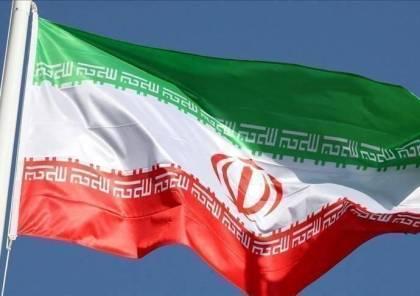 """المستشار العكسري الايراني يحذر من أن أي ضربة أمريكية قد تشعل """"حربا بكل المقاييس"""""""