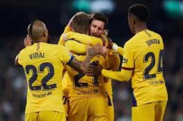 فيديو... برشلونة يفلت بانتصار صعب من عرين بيتيس