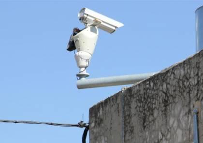 الاحتلال يركب كاميرات مراقبة شرق سلفيت والمستوطنون يهاجمون مركبات