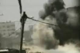 فيديو لأول مرة : لحظة انفجار ناقلة جند تابعة للاحتلال خلال حرب 2014 في خانيونس