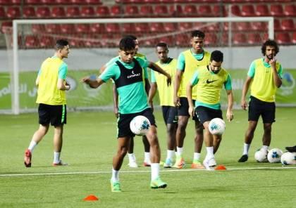 المنتخبان الفلسطيني والسعودي يخوضان حصتهما التدريبية الأولى على إستاد فيصل الحسيني