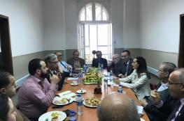 """الرويضي يبحث مع مستشفيات القدس سبل مساهمة """"التعاون الإسلامي"""" بتعزيز مواردها المالية"""