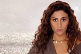 """دينا الشربيني تصف عمرو دياب بـ""""جدع وإيجابي"""""""