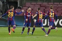 شاهد.. برشلونة يُزيح ريال سوسييداد من صدارة الدوري الإسباني