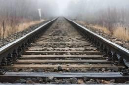 الحكم بالشنق مباشرة... لماذا يمنع رش الملح على السكك الحديدية بأمريكا؟