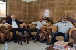 العالول يقدم تعازي الرئيس لعائلة الشهيد عامر صنوبر
