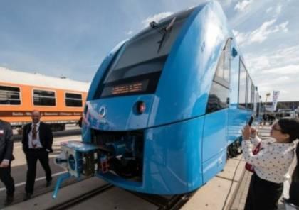 فرنسا تطلق أول قطار بالعالم يعمل بالهيدروجين