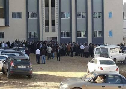 نقابة الموظفين في غزة تمنع موظفي السلطة من دخول الوزارات