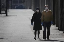 اسرائيل توصي بعدم ارتداء القفازات: لا تحمي من كورونا