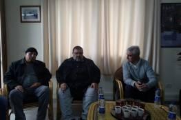 لجنة الأسرى بغزة تلتقي مدير الصليب الأحمر