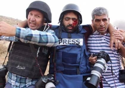 صورة.. الملك عبدالله يتكفل شخصيا بعلاج الصحفي معاذ عمارنة