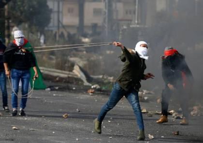 إصابات بالاختناق خلال مواجهات مع الاحتلال وسط الخليل