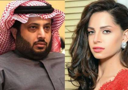 الأمن المصري يقتحم منزل آمال ماهر بعد تبادلها رسائل «غامضة» مع تركي آل الشيخ