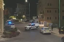 """معاريف: إطلاق النار صوب منزل قائد وحدة """"سيف"""" بشرطة الاحتلال في الناصرة (صور)"""