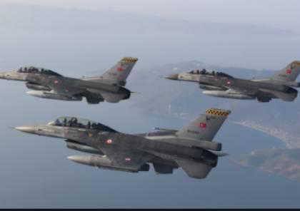 استفزاز جديد.. تركيا تُعطل مرور طائرة وزير خارجية اليونان