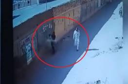 مصر.. إحباط محاولة اختطاف طفل بين ذراعي أمه بأعجوبة (فيديو)