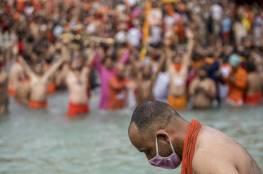 """""""النهر المقدس"""".. كيف أغرق الهند في أزمة كورونا؟"""