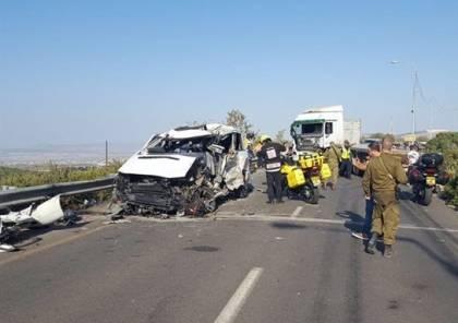 صور وفيديو: مصرع 5 فلسطينيين اثر حادث سير مع شاحنة اسرائيلية شمال نابلس