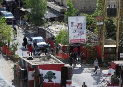 إعلام لبناني: اشتباك مسلح في مخيم عين الحلوة للاجئين الفلسطينيين