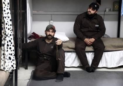 يوم الأسير الفلسطيني..ثلثا الأسرى ينتظرون التبادل