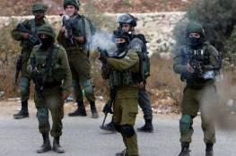عشرات حالات الاختناق بالغاز خلال مواجهات مع الاحتلال في العيسوية