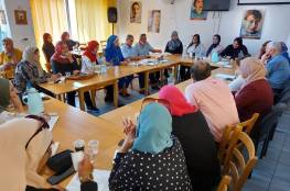 لقاء طاولة مستديرة يوصي بعقد الانتخابات المحلية في موعدها واعتماد التمثيل النسبي