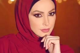 صورة.. أمل حجازي في يوم المرأة العالمي: حجابك تاج