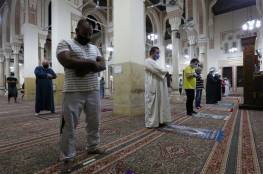 مصر: كاميرا مراقبة تضبط فعلا صادما داخل مسجد (فيديو)