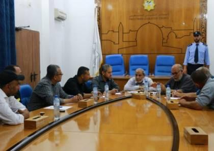 المجلس التشريعي يدرس إعادة فتح الأسواق الشعبية بغزة قريباً