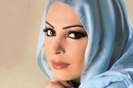 صور.. فنانة لبنانية شهيرة تعلن اعتزال الغناء وترتدي الحجاب