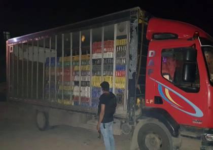 الضابطة الجمركية تضبط دجاج حي بدون أوراق رسمية غرب رام الله