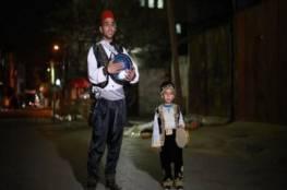 """غزة.. كورونا يعجز عن تحييد """"المسحراتي"""""""