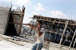 """""""وزارة العمل"""" بغزة : أكثر من 100 ألف مسجل بمنحة العمال المتضررين بسبب كورونا"""