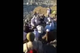 فيديو.. طقوس غريبة أعلى جبل غار حراء بمكة تثير غضبا واسعا
