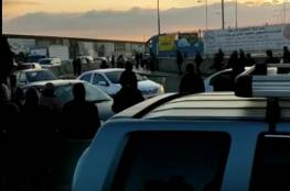 محدث| اعتقال 13 مواطنًا بينهم فتاة على حاجز قلنديا شمال القدس