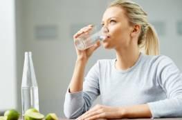 قلة شرب الماء تزيد وزنك.. تفاصيل