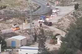 الاحتلال ينصب حاجزًا على مدخل بلدة تقوع