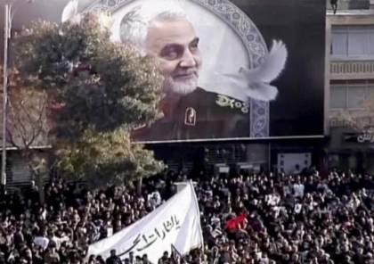 """""""دام رعبه"""": حزب الله يعلق صورة سليماني قرب الحدود مع إسرائيل"""