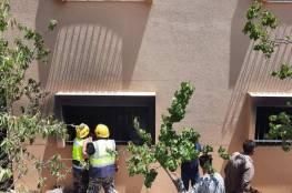 اصابة ثلاث مواطنين بالاختناق في حريق شقة في عنبتا شرق طولكرم